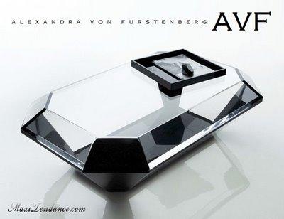 bullet table avf1 - Bullet Table by Alexandra Von Furstenberg : Table Diamant