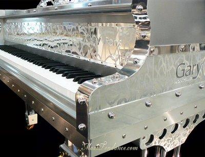 garypons plexart 2 - Gary Pons Plexart : Grand Piano Translucide