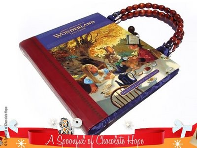 , A Spoonful of Chocolate Hope : Sac en Livre Recycle
