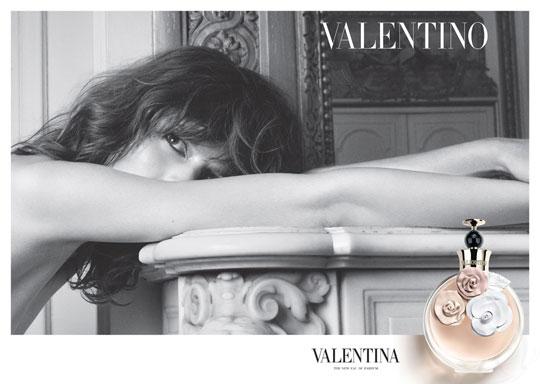 freja beha valentina nouveau parfum valentino 001 - Valentino Valentina, le Parfum de Freja Beha