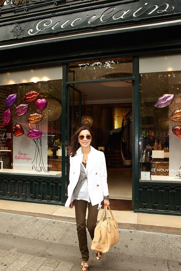 Guerlain Exploring Orchidee Imperiale Michelle Yeoh - Guerlain Exploring Orchidée Impériale avec Michelle Yeoh (Part 1)