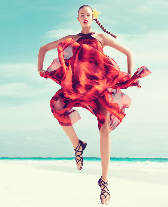 Hailey Clauson Harper Bazaar 2 - Hailey Clauson pour le Harper's Bazaar Couleurs Aquarelles