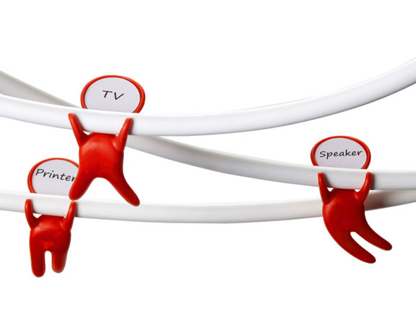 , Mark Brothers de Peleg Design : Marquez vos Câbles avec Humour