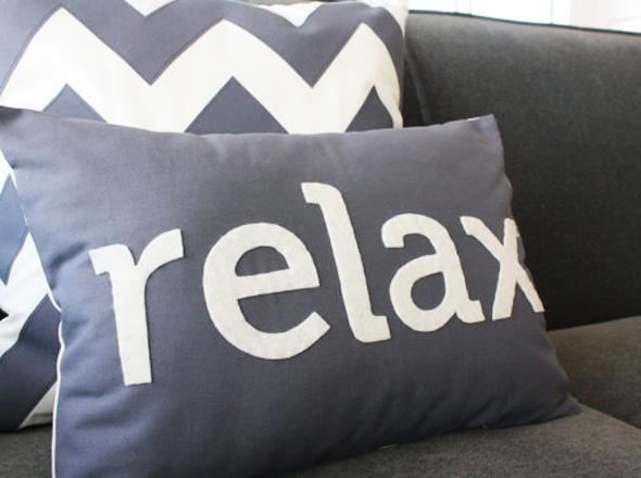 coussins d co design int rieur d co. Black Bedroom Furniture Sets. Home Design Ideas