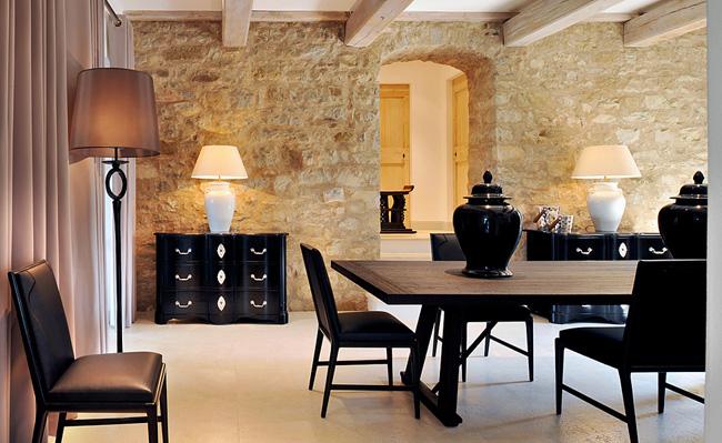 , Villa Méditerranéenne en Ombrie Italie : Entre Tradition et Modernité