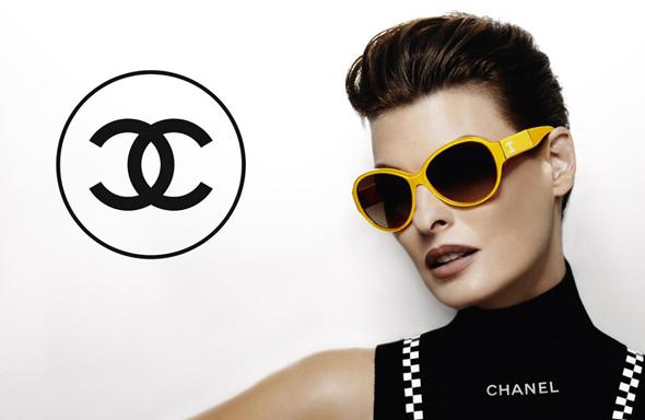 Lunettes de Soleil Chanel Eté 2012 avec Linda Evangelista - MaxiTendance 98049013bf8f