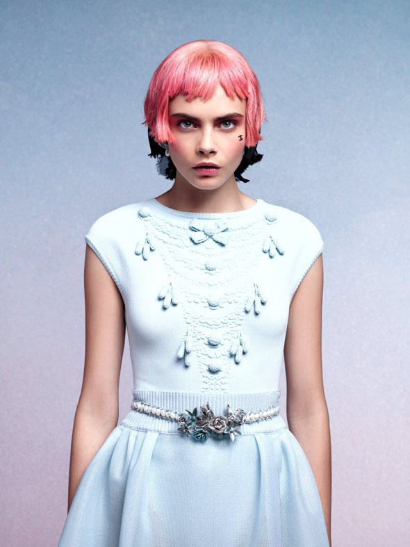 , Lookbook Chanel Croisière 2013 : Cara Delevingne en Courtisane