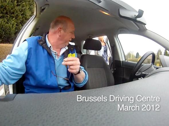 , Caméra Cachée pour La Sécurité Routière Belge : Danger des SMS (video)