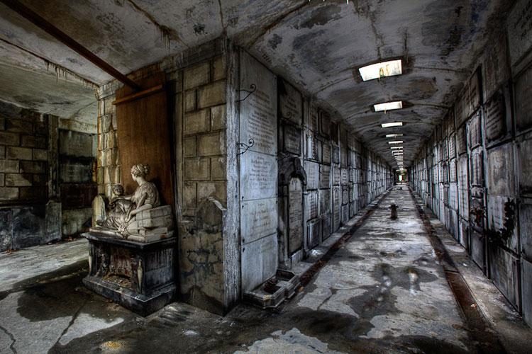 , Jean-Claude Berens Photographie : Poésie Urbaine de Lieux Abandonnés