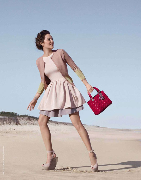 Campagne Sac Lady Dior par Jean Baptiste Mondino avec Marion Cotillard