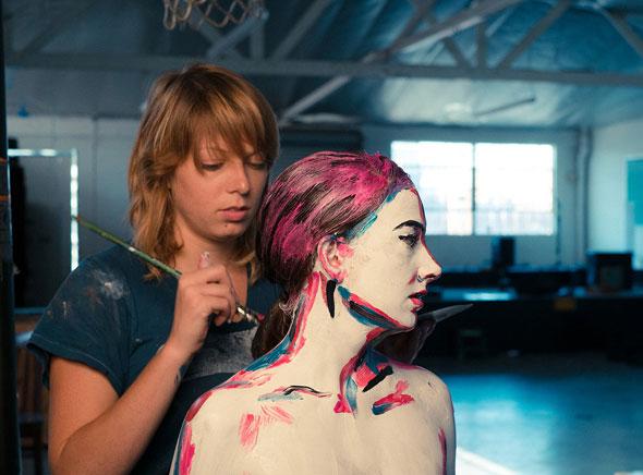 , Alexa Meade et Sheila Vand Photographie : Lait et Peintures bien Vivantes