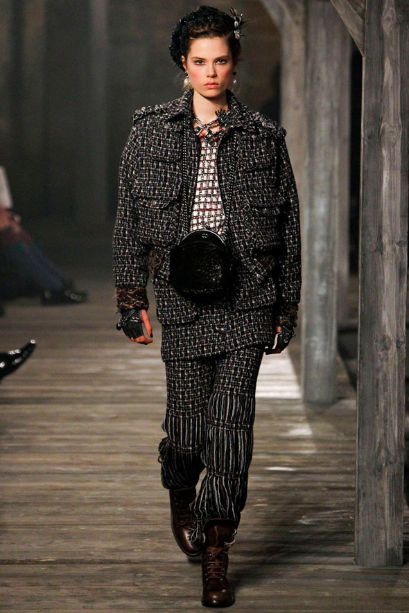 , Chanel Métiers d'Art Pre Fall 2013 : Art et Traditions Ecossaises