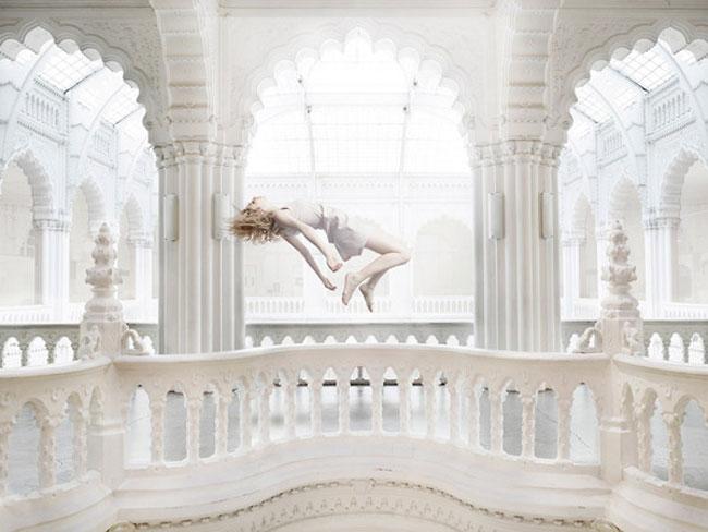 , Floating par Bence Bakonyi Photographies : Architecture et Levitation