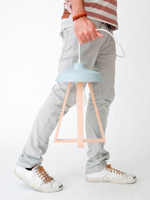 Studio MOSS Design Lampes Artisanales Bois et Couleurs Pastel