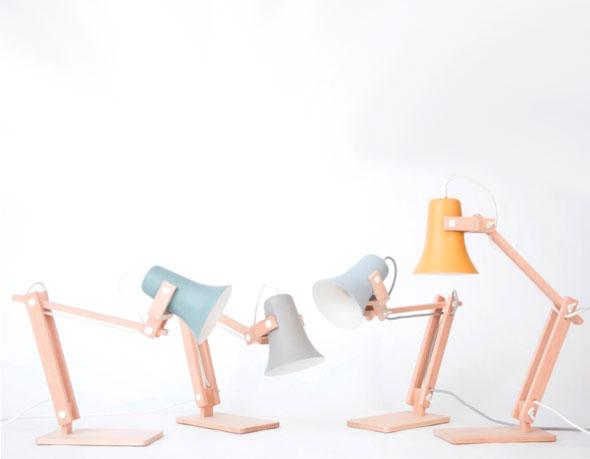 , Studio MOSS Design : Lampes Artisanales en Bois et aux Couleurs Pastel