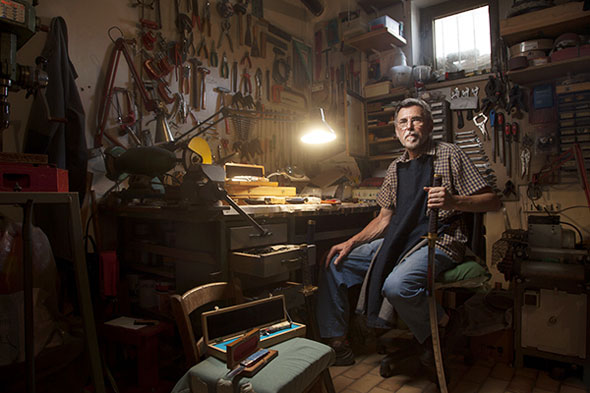 7 Alessandro Venier Photo Modern Portraits of Old Craftsmanship Photos Portraits par Alessandro Venier : Authentiques Artisans dans leur Atelier