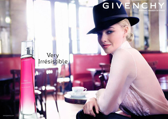 , Parfum Very Irresistible de Givenchy avec Amanda Seyfried