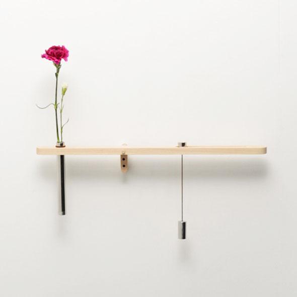 Water Balance par Risako Matsumoto : Vase à Balancier pour Belle Fleur