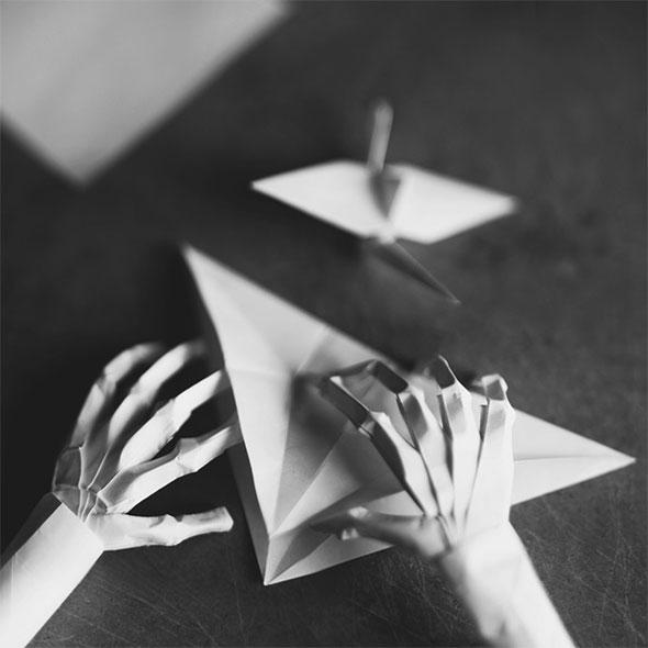 , Zev Hoover alias Fiddle Oak : Autoportraits Surréalistes d'un Photographe de 14 ans