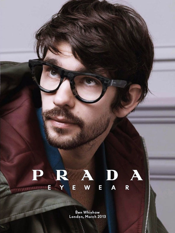 Très Prada Eyewear Homme Hiver 2013 2014 : Lunettes de Soleil et de Vue  EF33