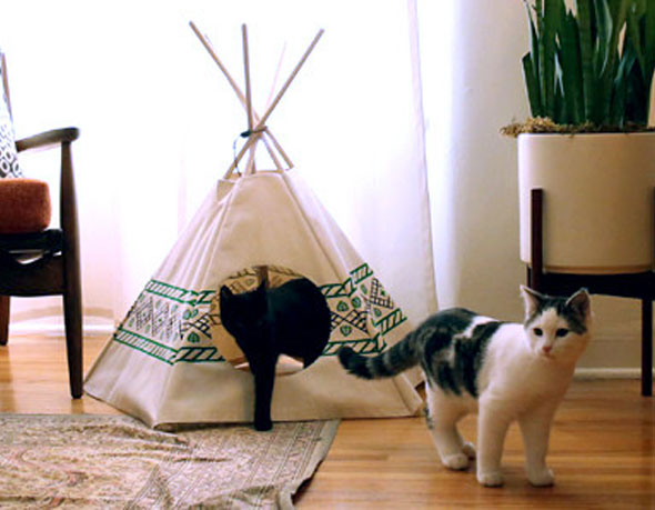 tipi pour chat great diy mon tipi pour chat with tipi pour chat mina ensemble tipi jouet with. Black Bedroom Furniture Sets. Home Design Ideas