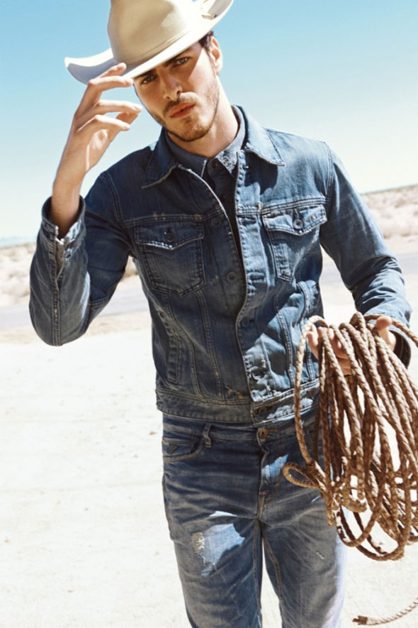 8-Guess-Jeans-Homme-Femme-FW-Hiver-2013-2014