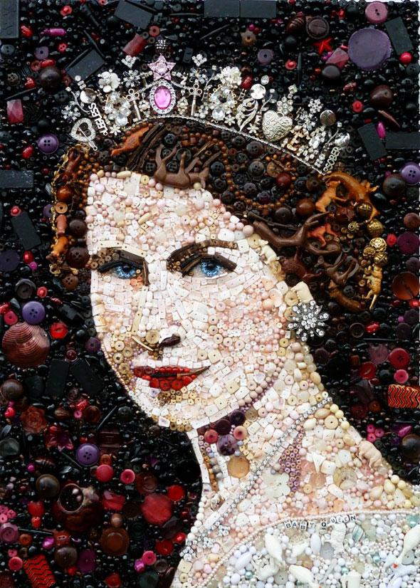 1 Junk Art Jane Perkins Objet Recycle Toile Maitre - Junk Art par Jane Perkins : Objets Recyclés en Toile de Maitre
