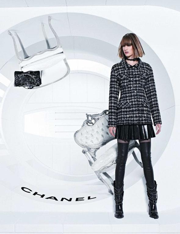 Chanel FW Hiver 2013 2014 Pub Campaign 1 - Chanel Automne Hiver 2013 2014 : Campagne en Apesanteur