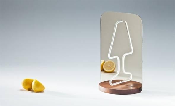 , Moitie par Kutarq & Alia Bader : Lampe Miroir et Jeu de Réflexion