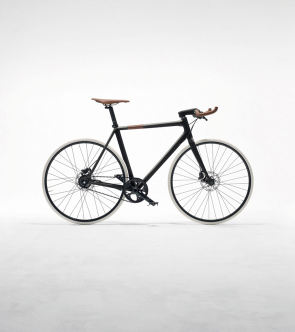 , Vélo Le Flâneur d'Hermès : Fibre de Carbone et Made in France