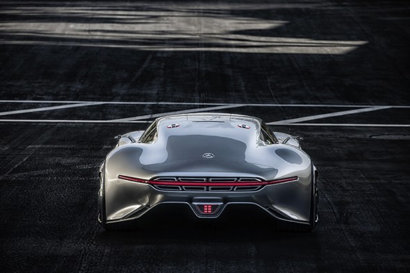, Mercedes-Benz AMG Vision Gran Turismo : Spectaculaire Concept Car (video)