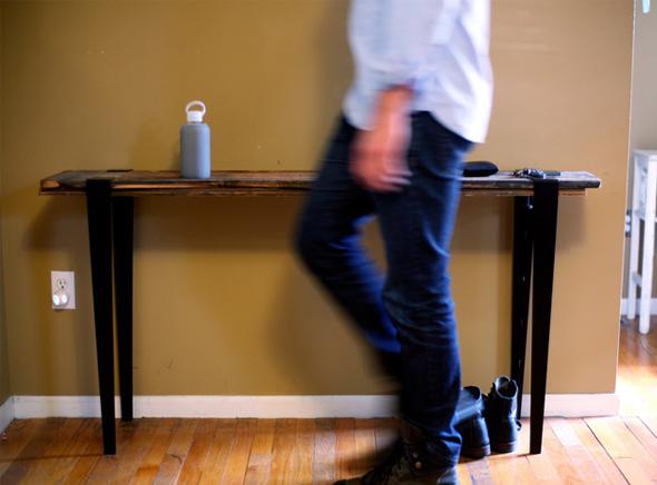 , The Floyd Leg : Pieds Mobiles pour Table d'Appoint (vidéo)