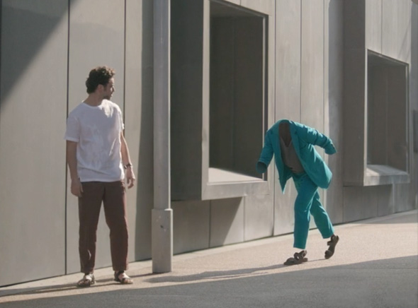 Hermes-Man-on-the-Move-Campagne-Homme-Ete-2014-Pub-2