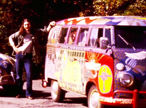 , Volkswagen Kombi Last Wishes : Dernier Adieu au Plus Hippie des Vans (vidéo)
