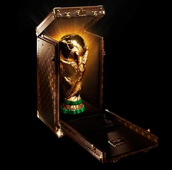 , Coupe du Monde 2014, la FIFA se fait la Malle avec Louis Vuitton !
