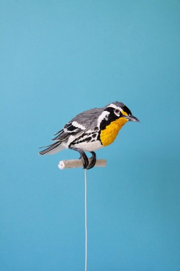 , Nouvelles Sculptures d'Oiseaux en Papier de Diana Beltran Herrera