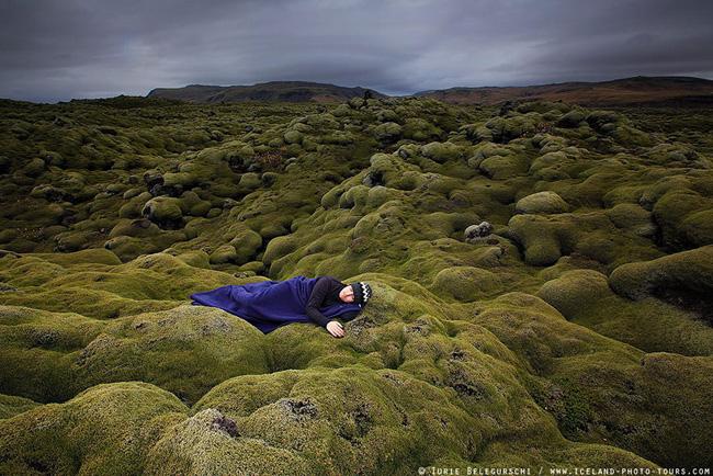 petit homme impressionante nature photo 6 - La Petitesse de l'Homme face à l'Immensité de la Nature en 25 Photos