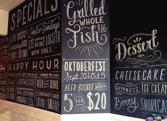 typographie calligraphie restaurants menu, Cette Calligraphe Dessine le Menu des Restos contre un Repas