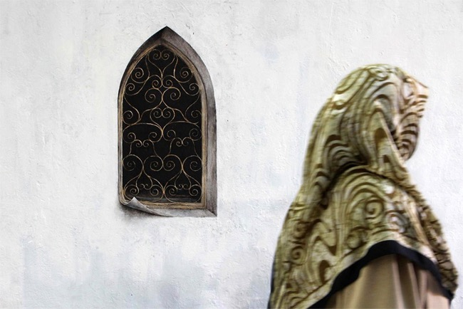street art pejac illusion optique trompe oeil istanbul 03 - Pejac peint en Trompe-l'Oeil des Fenêtres sur Cour dans les Rues d'Istanbul