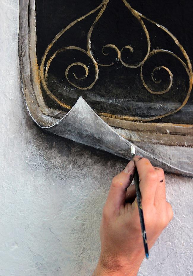 street art pejac illusion optique trompe oeil istanbul 05 - Pejac peint en Trompe-l'Oeil des Fenêtres sur Cour dans les Rues d'Istanbul