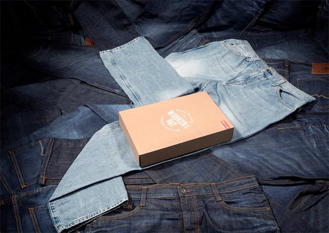 , Mustang Envoie des Colis Vides Emballés avec votre Jean