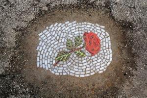 jim-bachor-nid-poule-mosaique-street-art-6