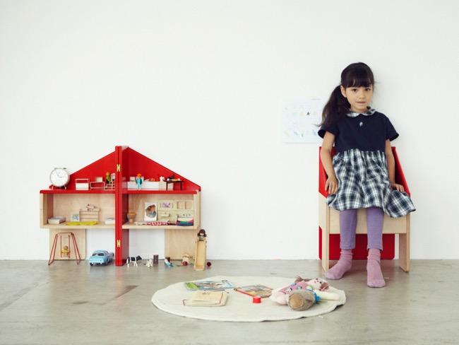 dollhouse chair chaise maison poupee torafu architects 7 - The Dollhouse Chair par Torafu Architects : La Chaise Maison de Poupée