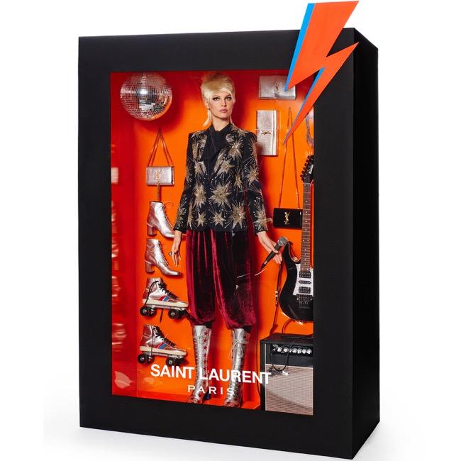 barbie luxe, Vogue Paris Met les Marques de Luxe en Mode Poupée Barbie