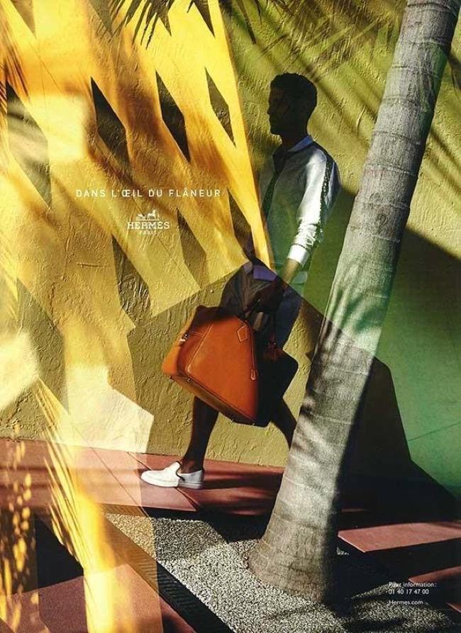 , Hermès Homme Printemps Ete 2015 : Un Flaneur en Double Exposition