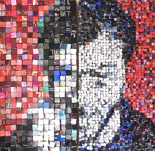 Relativ Elle Recycle des Piles de Magazines Papier en Portraits 3D  OM32