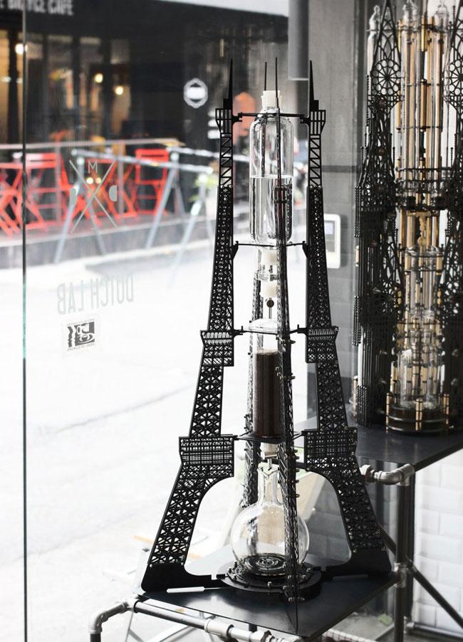 , Quand la Tour Eiffel devient Machine à Café au Design Architectural
