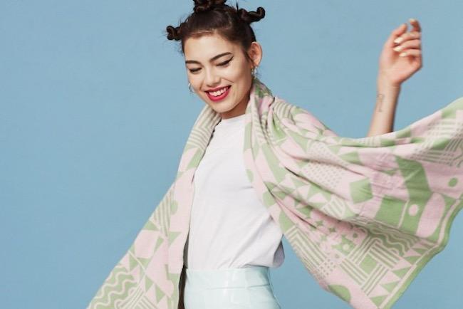 , Avec Knyttan, Devenez Styliste et Créez vos Vêtements en Ligne (video)