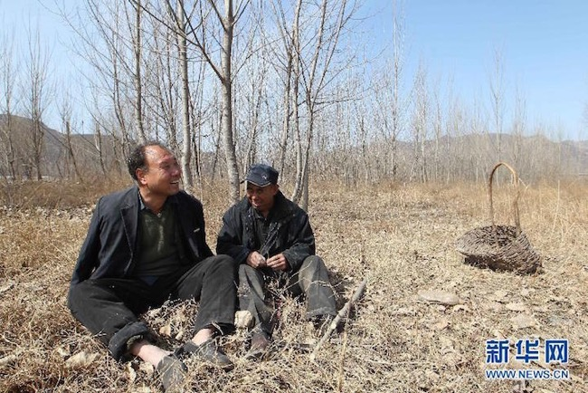 , En Chine, 2 Amis Handicapés Plantent plus de 10000 Arbres en 10 ans