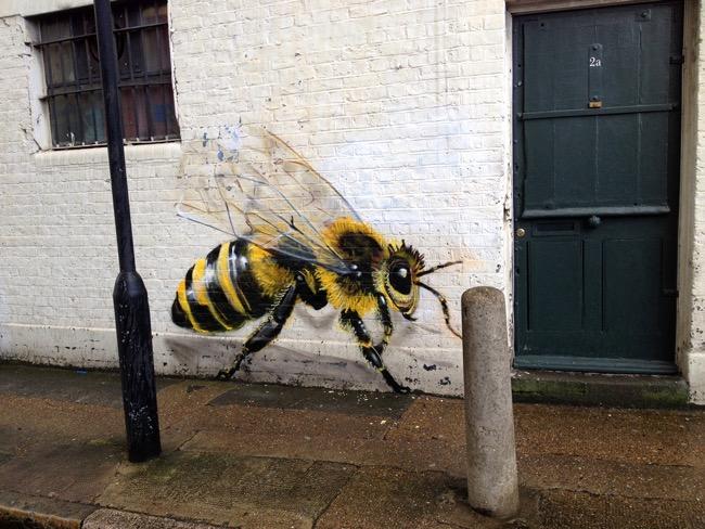 louis-masai-michel-street-art-londre-abeilles-realiste-4